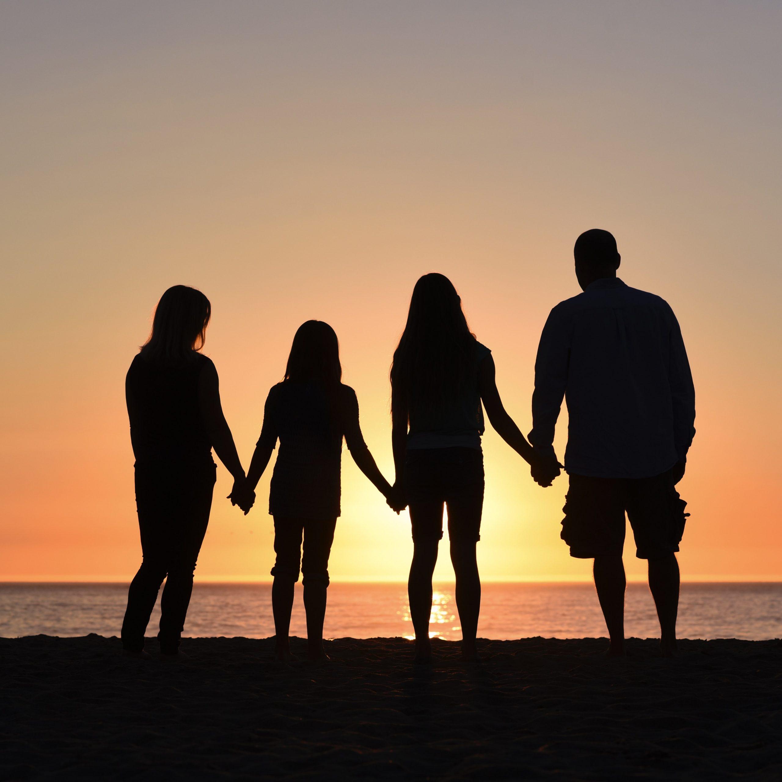 Derechos para madres y padres españa